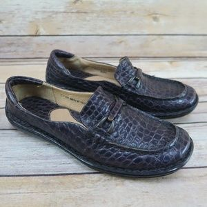 BORN Women's Size 6.5 Purple Leather Loafers